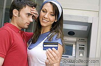 Går Den Ekstra Kortholderen På Kredittkortprogrammet Også? Kredittkortet Ditt?