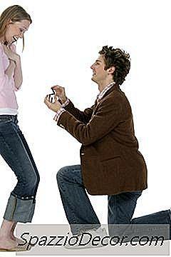 Cât De Mult Vă Întoarceți La O Declarație Fiscală Ca Fiind Căsătorită Vs.
