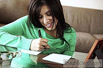 Cómo Escribir Una Nota De Agradecimiento Para Obsequios De Aniversario