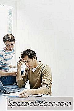 Instruções Para Solicitar Alguém Como Dependente De Um Formulário De Imposto 1099