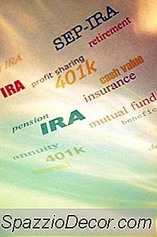 Una Persona Può Prendere Denaro Da Un Conto Di Risparmio E Avviare Un Roth Ira?