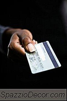 Rating De Crédito Vs. Pontuação De Crédito