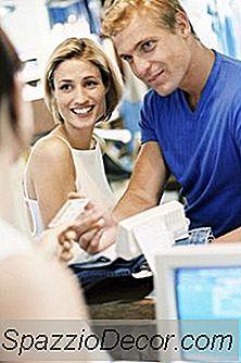 Er Det En Autorisert Signør Som Påvirker Kredittrapporten Din?