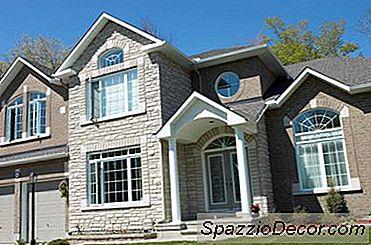 Vad Är Skillnaden Mellan Att Sätta Ett Hus I Gemensam Hyra Och Förtroende?