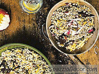 Grano Saraceno Con Semi Di Mela, Peperoncino E Zucca Grattugiati