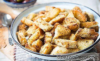 Croutons Caseiros Com Manteiga E Alho E Ervas