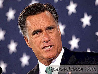 Fotografie Rotundă: Binderele Pline De Femei Ale Lui Mitt Romney