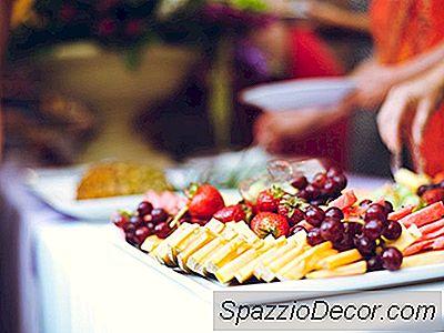 Dinner Party Essentials Checklist