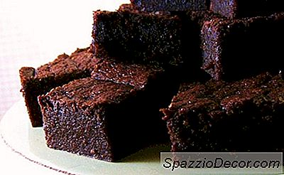 Brownies Cascer Alla Pizza Matzo: 6 Yummy Passover Recipes