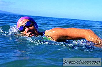 1 Mile Swimming Workouts
