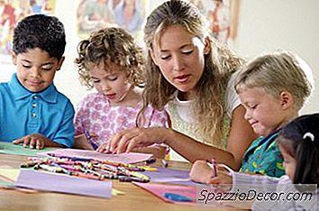 Om Kollegier Der Byder På En Grad Til Børnepasningsspecialist