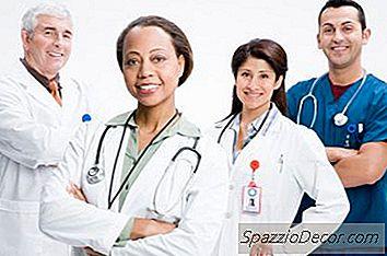 ¿Cuánto Ganan Los Médicos Un Año En California?