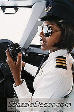 Betaling Af En Co-Pilot Vs. En Kaptajn
