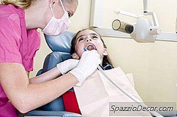 Qual È Lo Stipendio Iniziale Per Un Igienista Dentale?