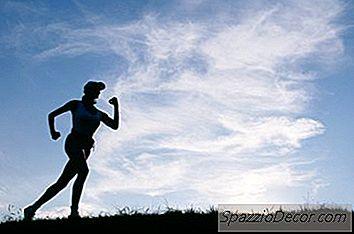 bf4b6820c8f Welke Spieren Richten Polsgewichten? Veel mensen dragen tijdens het  hardlopen polsgewichten om hun armen te helpen.