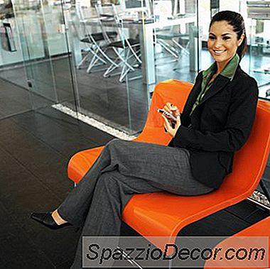Cel Mai Bun Costum De Culoare Pentru Un Interviu De Angajare