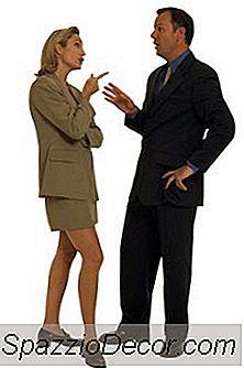 Como Se Comunicar Com Um Chefe Ruim