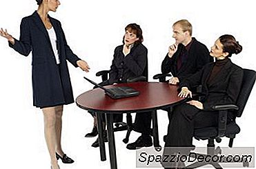 Come Confrontare Le Molestie Con Professionalità Sul Posto Di Lavoro