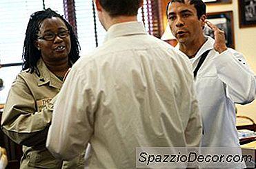 A Descrição Do Trabalho Para Um Coordenador Da Marinha Limited Duty