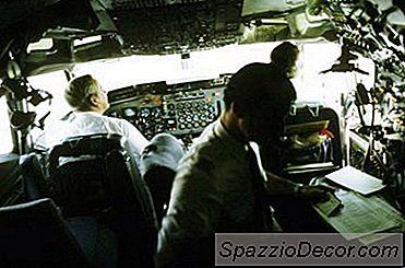 Pilota Vs. Pay Atc
