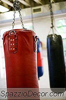 Stående Punching Bag Øvelser