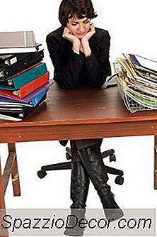 Ce Faci Cu Angajații Care Nu Pot Ține Pasul Cu Volumul De Muncă?